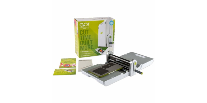 AccuQuilt GO Fabric Cutter1