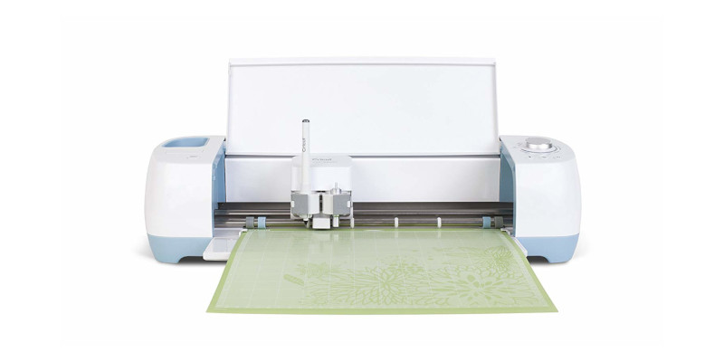 Cricut Maker Versus Explore Air 2 – Which is Better?